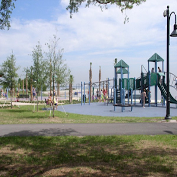 Lakefront Park St Cloud.jpg